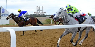 R8 Yvette Bremner Callan Murray Self Assured-Fairview Racecourse-30 September 20191-PHP_2101