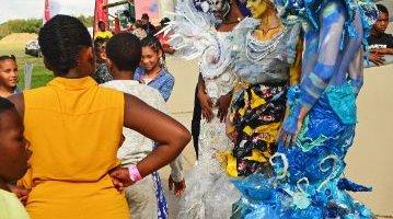 -Fairview Racecourse-Algoa Cup Social Images- Artist - Plastic People -27 October 2019-1-DSC_0247