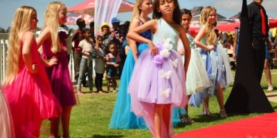 -Fairview Racecourse-Algoa Cup Social Images- Models -27 October 2019-1-DSC_0061