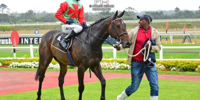 R1 Vaughan Marshall MJ Byleveld Lasata-Fairview Racecourse-18 October 20191-PHP_3705