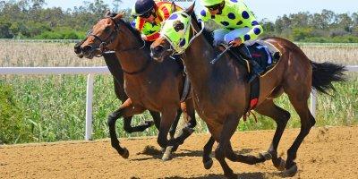 R1 Yvette Bremner Richard Fourie Heart Stone-Fairview Racecourse-11 October 20191-PHP_2994