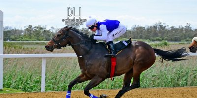 R1 Yvette Bremner Wayne Agrella Queen of Pop-Fairview Racecourse-21 October 20191-PHP_4082