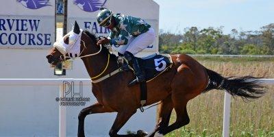 R2 Gavin Smith Julius Mphanya Saroo-Fairview Racecourse-4 October 20191-PHP_2290