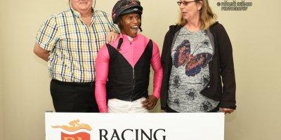 R3 Sharon Kotzen Louie Mxothwa Effort-Fairview Racecourse-18 October 20191-PHP_3814