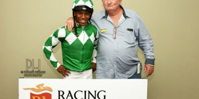R8 Duncan McKenzie Louie Mxothwa Barbarella Nights-Fairview Racecourse-18 October 20191-PHP_4065