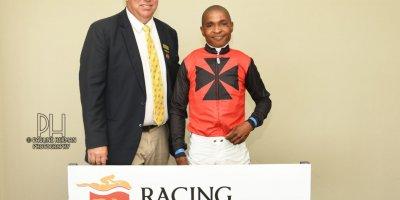 R2 Alan Greeff Charles Ndlovu Arabian Sniper-Fairview Racecourse -18 November 2019-1-PHP_8250