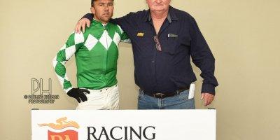 R2 Duncan McKenzie MJ Byleveld Wicked Grin-Fairview Racecourse -8 November 2019-1-PHP_6855