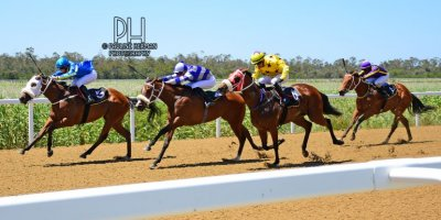 R2 Gavin Smith Chase Maujean Caballe-Fairview Racecourse -22 November 2019-1-PHP_0536