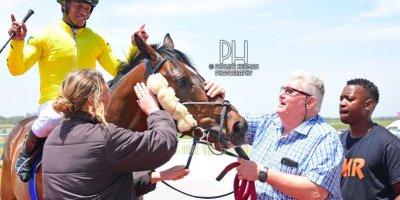 R2 Sharon Kotzen Louie Mxothwa Gold Pact-Fairview Racecourse -29 November 2019-1-PHP_1233