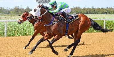 R4 Gavin Smith Marco van Rensburg Spirit OF Song-Fairview Racecourse -18 November 2019-1-PHP_8355