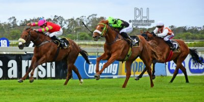R6 Five Star Racing Robert Khathi Victory March-Fairview Racecourse -8 November 2019-1-PHP_7056
