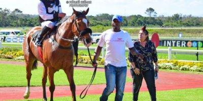 R6 Tara Laing Ryan Munger Di Me-Fairview Racecourse -15 November 2019-1-PHP_7941