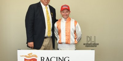 R7 Alan Greeff Greg Cheyne Ambra-Fairview Racecourse -18 November 2019-1-PHP_8659