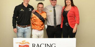 R8 Gavin Smith Marco van Rensburg Sunday Falls-Fairview Racecourse -29 November 2019-1-PHP_1707