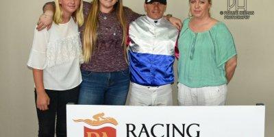 R1 Yvette Bremner Wayne Agrella Scottish Ally-Fairview Racecourse -30 December 2019-1-PHP_6947