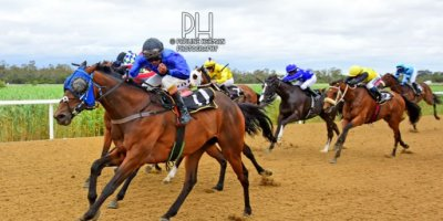 R3 Jacques Strydom Daniel Bogaleboile Omaha Tribe-Fairview Racecourse -30 December 2019-1-PHP_7074