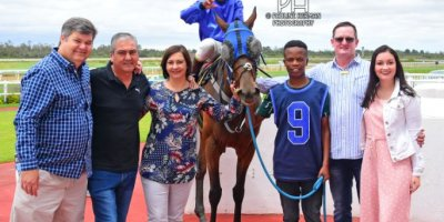 R3 Jacques Strydom Daniel Bogaleboile Omaha Tribe-Fairview Racecourse -30 December 2019-1-PHP_7099