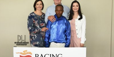 R3 Jacques Strydom Daniel Bogaleboile Omaha Tribe-Fairview Racecourse -30 December 2019-1-PHP_7114