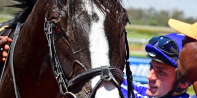 R3 Yvette Bremner Collen Storey Buzz Word-Fairview Racecourse -6 December 2019-1-PHP_1921