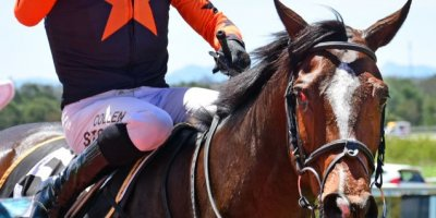 R3 Yvette Bremner Collen Storey Coyote Creek-Fairview Racecourse -17 December 2019-1-PHP_3818