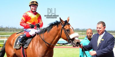 R5 Alan Greeff Greg Cheyne Voices of Light-Fairview Racecourse -13 December 2019-1-PHP_2688