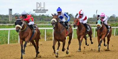 R5 Gavin Smith Julius Mphanya Love Talk-Fairview Racecourse -30 December 2019-1-PHP_7235