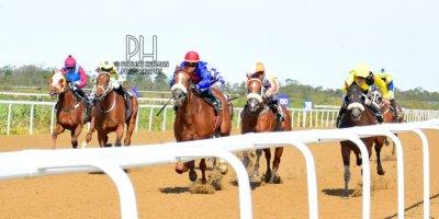 R7 Alan Greeff Greg Cheyne Meryl-Fairview Racecourse -17 December 2019-1-PHP_4055 (2)