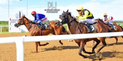 R7 Alan Greeff Greg Cheyne Meryl-Fairview Racecourse -17 December 2019-1-PHP_4060