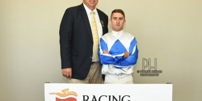 R8 Alan Greeff Teaque Gould Quakeshake-Fairview Racecourse -20 December 2019-1-PHP_4729