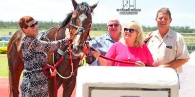 R1 Sharon Kotzen Sandile Khathi Magnificus-Fairview Racecourse-14 FEB 2020-1-PHP_3943