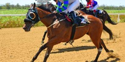 R1 Tara Laing Chase Maujean Apollo Rock-Fairview Racecourse-11 FEB 2020-1-PHP_3457