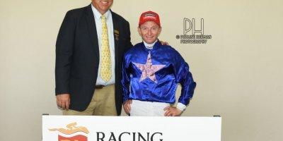 R2 Alan Greeff Greg Cheyne Ascending Heights-Fairview Racecourse-14 FEB 2020-1-PHP_3966