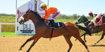 R2 Alan Greeff Greg Cheyne Linda Loves Lace-Fairview Racecourse-24 FEB 2020-1-PHP_5114