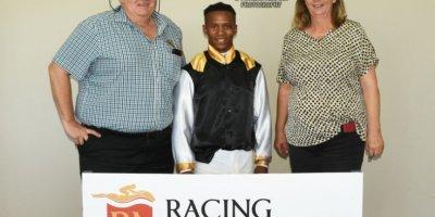 R2 Sharon Kotzen Louie Mxothwa Lets Play Ball-Fairview Racecourse-11 FEB 2020-1-PHP_3524