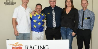 R3 Gavin Smith Marco van Rensburg Armo-Fairview Racecourse-21 FEB 2020-1-PHP_4940