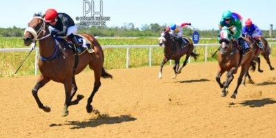 R3 Gavin Smith Marco van Rensburg Marmalade Cat-Fairview Racecourse-24 FEB 2020-1-PHP_5165