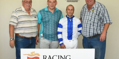 R3 Grant Paddock Chase Maujean Bridesmaid Blues-Fairview Racecourse-14 FEB 2020-1-PHP_4001