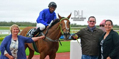 R4 Jacques Strydom Donald Bogaleboile Hopeful-Fairview Racecourse-7 FEB 2020-1-PHP_2540