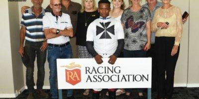 R4 Sharon Kotzen Louie Mxothwa Maldives-Fairview Racecourse-21 FEB 2020-1-PHP_4983