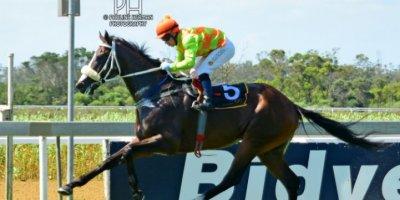 R5 Gavin Smith Marco van Rensburg Bhaltair-Fairview Racecourse-14 FEB 2020-1-PHP_4077
