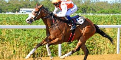 R7 Alan Greeff Charles Ndlovu ALDO-Fairview Racecourse-11 FEB 2020-1-PHP_3792
