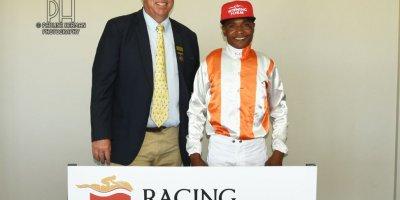 R7 Alan Greeff Charles Ndlovu ALDO-Fairview Racecourse-11 FEB 2020-1-PHP_3824