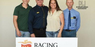 R8 Gavin Smith Marco van Rensburg Viva Le Bleu-Fairview Racecourse-11 FEB 2020-1-PHP_3901