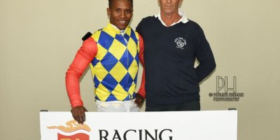 R8 Glen Kotzen Louie Mxothwa Elusive Heart-Fairview Racecourse-28 FEB 2020-1-PHP_6233