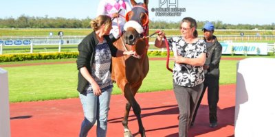 R8 Sharon Kotzen Louie Mxothwa Cherry Pop-Fairview Racecourse-24 FEB 2020-1-PHP_5561